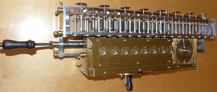 Leibniz-Rechenmaschine_TSD_(12)1
